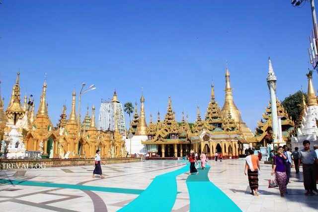 The huge compound of Shwedagon Pagoda, Yangon