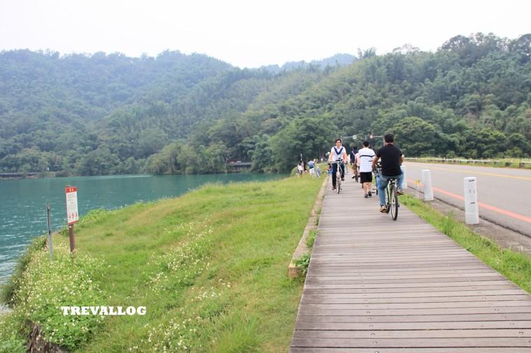 Cycling around Sun Moon Lake, Taiwan