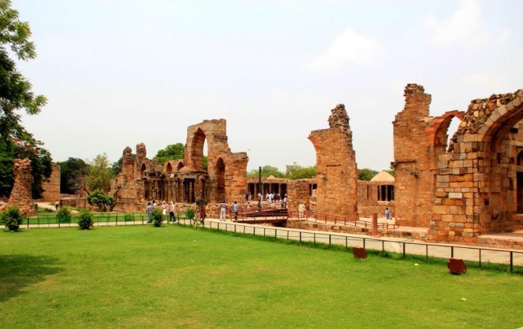 Ruins at Qutub Minar in New Delhi, India