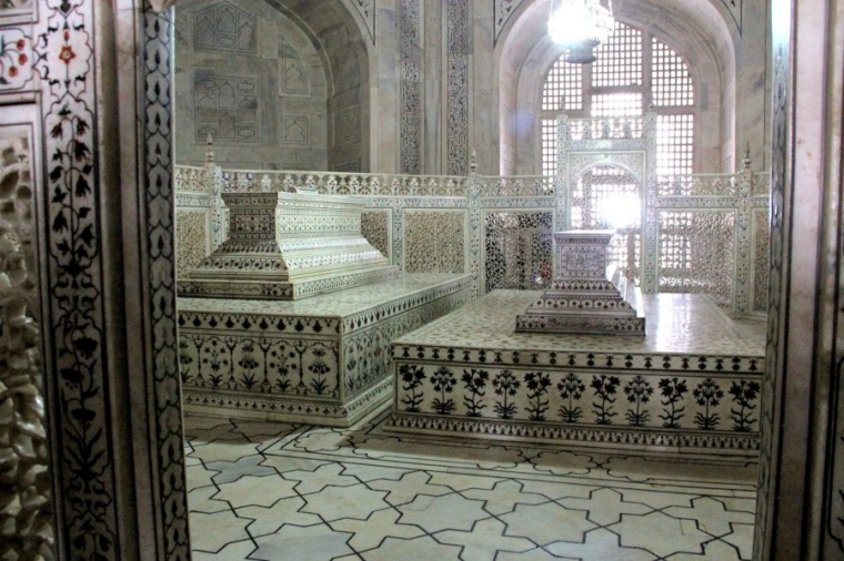 Tomb of Mumtaz Mahal and Shah Jahan, Taj Mahal, Agra, India