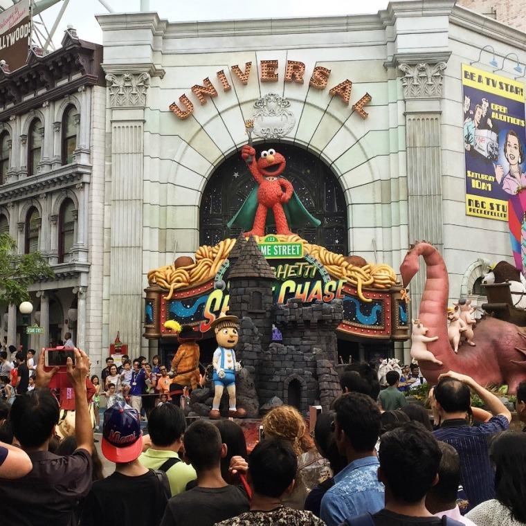 Hollywood Dream Parade, Universal Studios Singapore