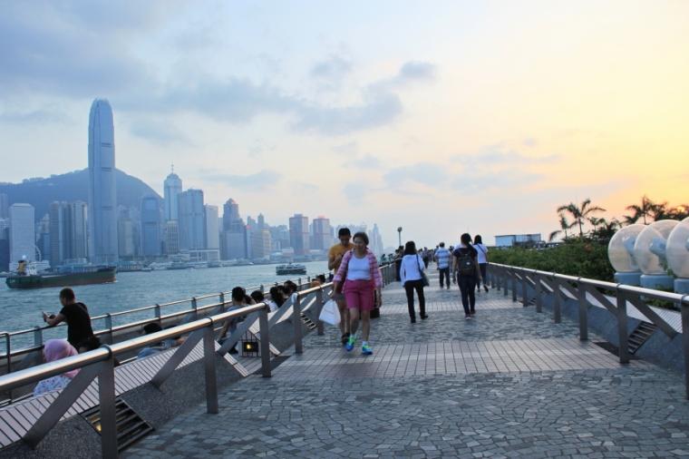 Victoria Harbour, Tsim Sha Tsui promenade, Hong Kong