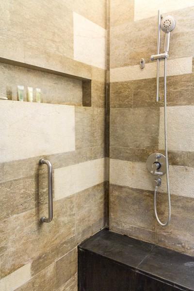 Shower room, Deluxe Twin Room at Courtyard Marriott Nusa Dua Bali