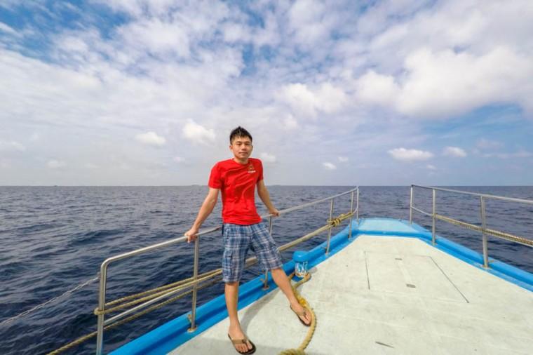 Ferry from Male to Hangnaameedhoo